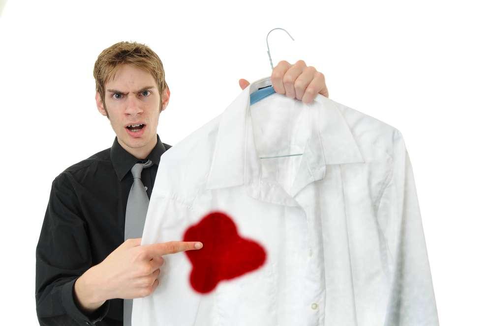 Чем отстирать кровь с одежды? — Эффективные способы