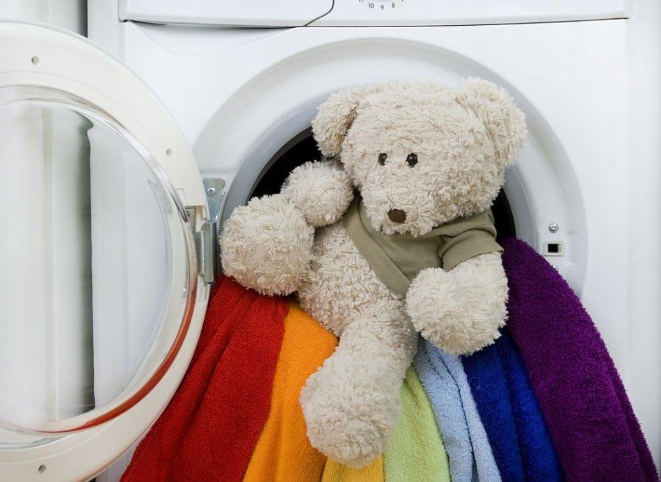 Чем стирать вещи для новорожденных? — Порошок, мыло, гель