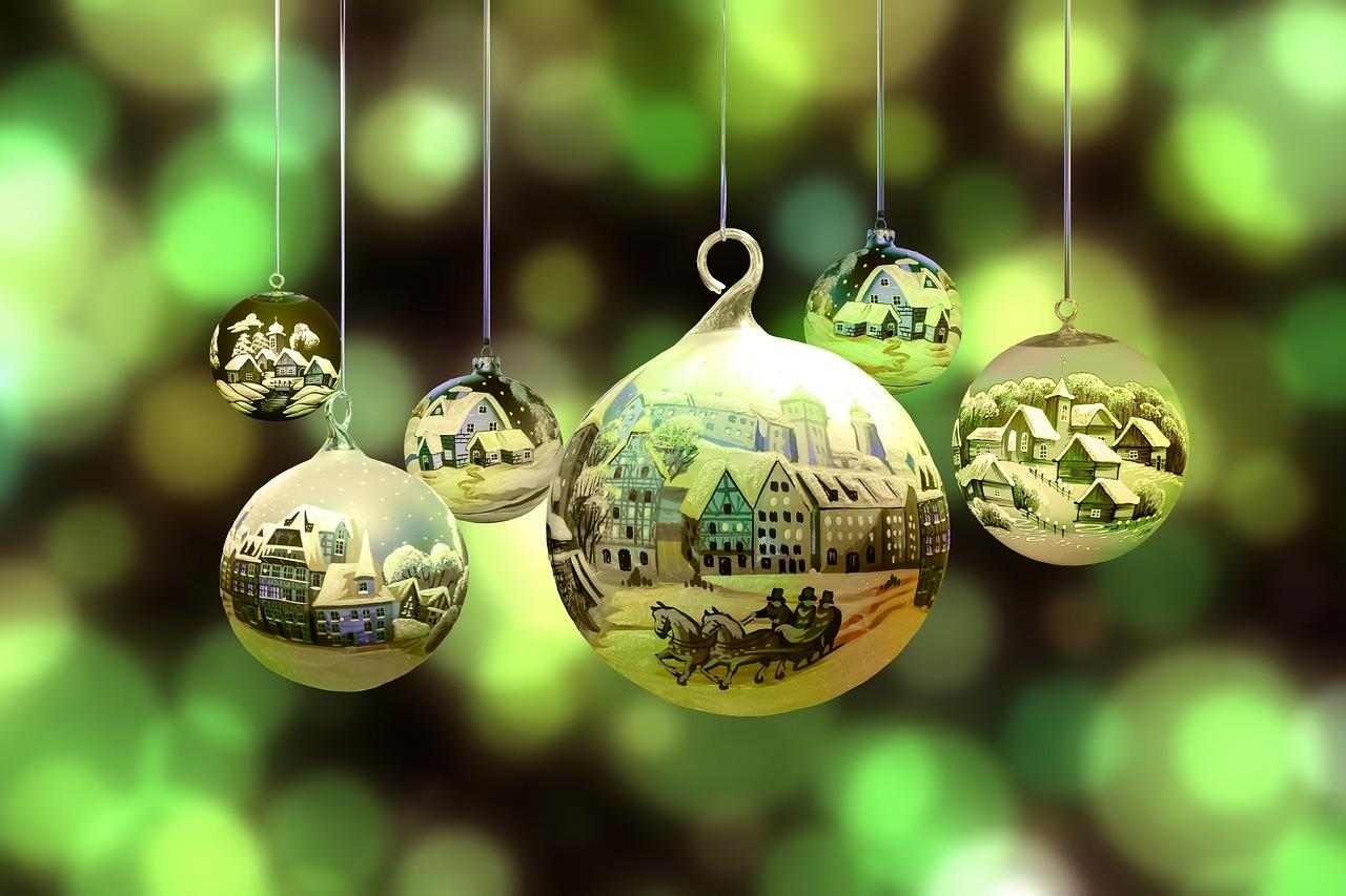 kak-sdelat-novogodnie-shary-svoimi-rukami-v-domashnih-usloviyah_-57 Новогодние шары своими руками на 2019 год