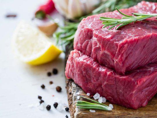 Как выбрать свежее мясо? — На рынке и в магазине