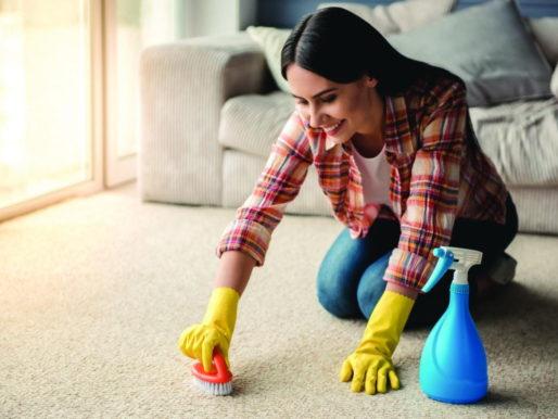 Чем можно почистить ковер — Эффективные средства в домашних условиях