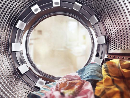 Первая стирка в машинке — С чего начать, чтобы жизнь засверкала чистотой?