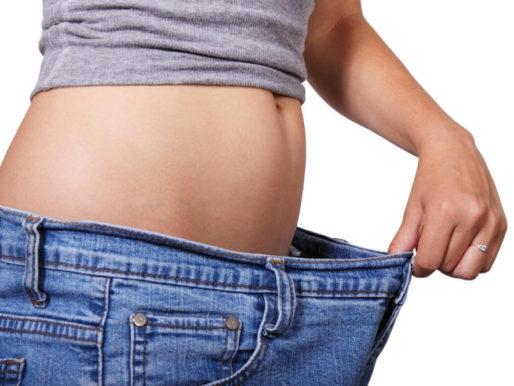 Как и чем постирать джинсы чтобы они сели