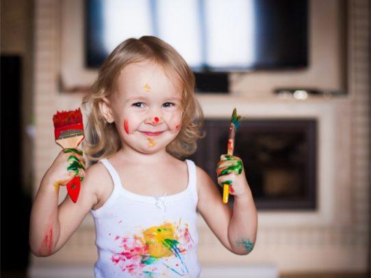 Как и чем убрать краску с одежды — Устраняем следы творчества