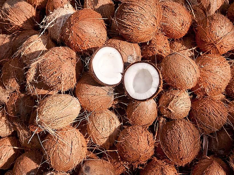 kak-pochistit-kokos_ (3)
